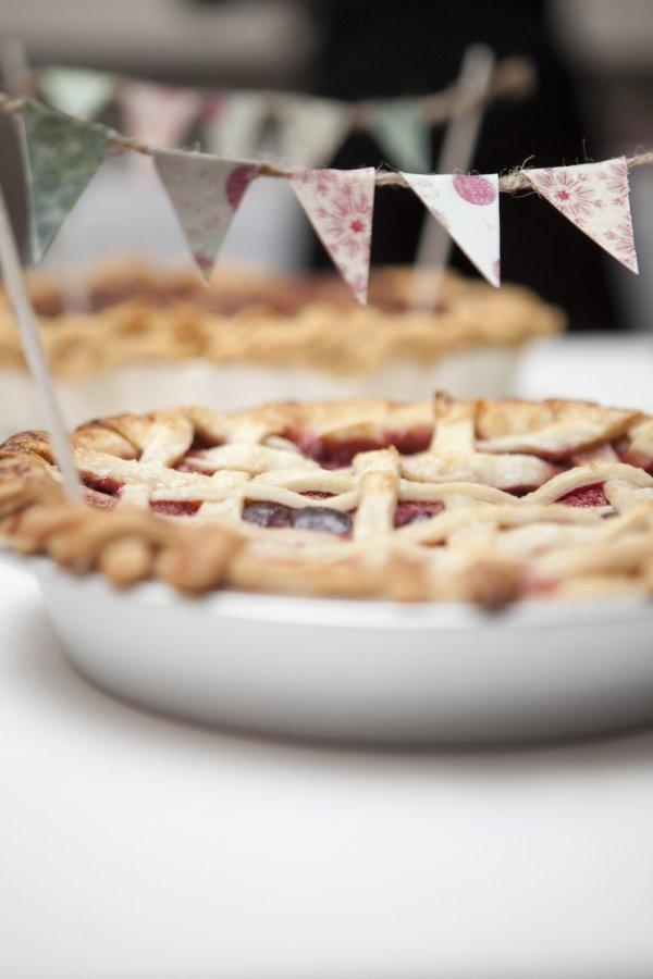 As Pie Garlands