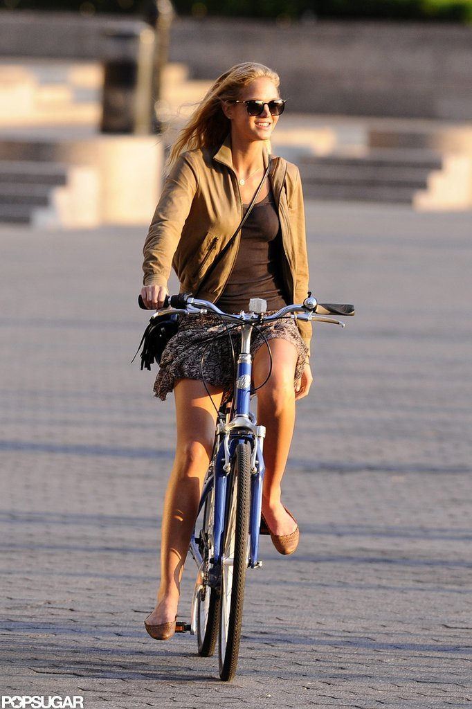Erin Heatherton enjoyed an afternoon of biking in NYC.