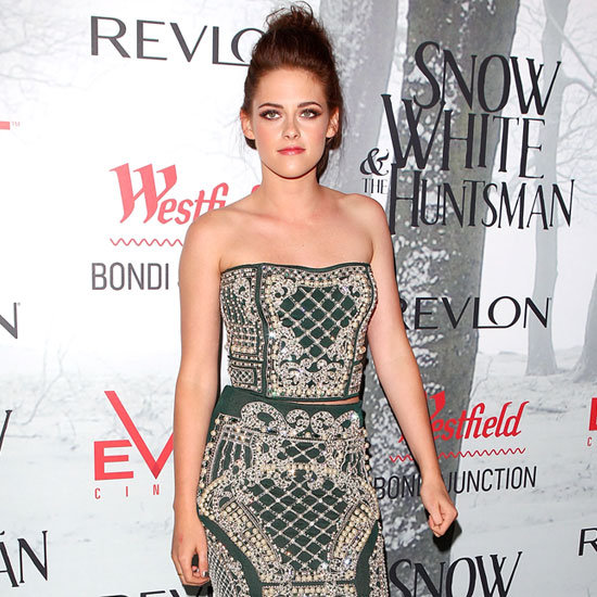 Kristen Stewart Charlize Theron Snow White Premiere Pictures