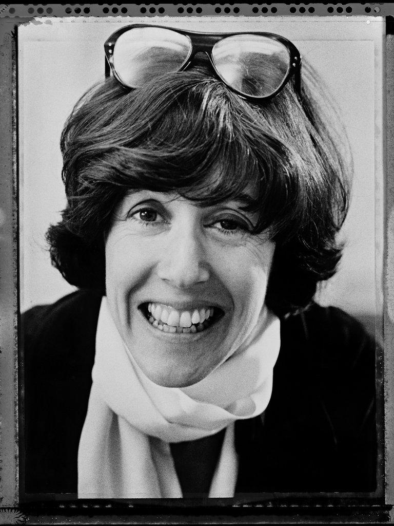 nora ephron essays breasts Nora ephron made my career possible the huffington post read anything esquire has ever published - over 1,000 issues and 50,000 articles jun 26, 2012 nora ephron.