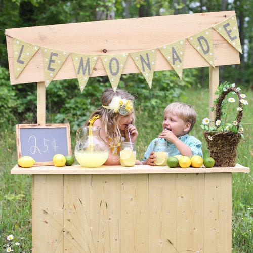 Kids' Lemonade Stand Ideas