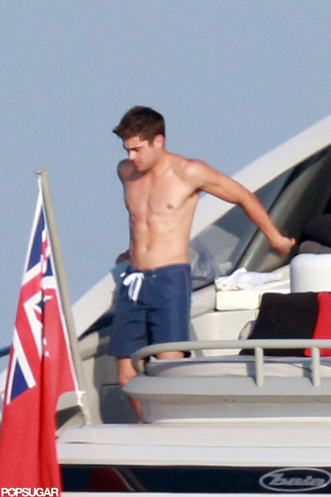 Zac Efron went shirtless for a patriotic trip to St.-Tropez.