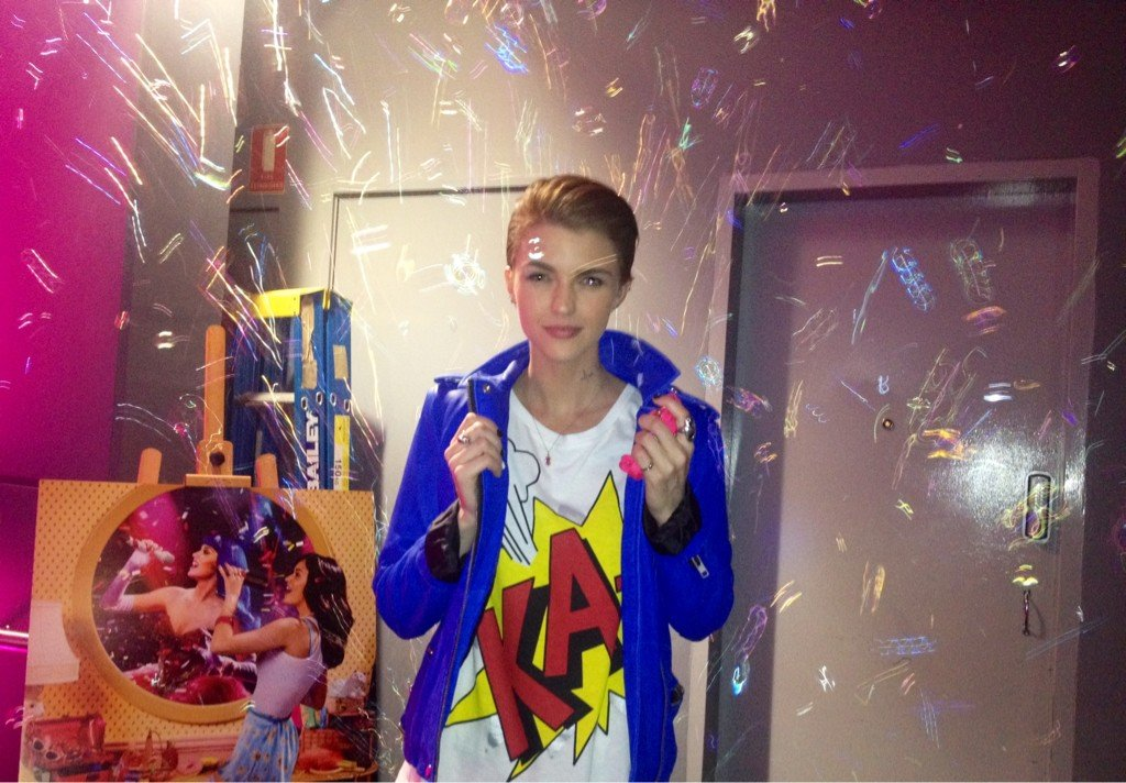 Ruby Rose got excited by the bubbles at the Sydney premiere of Katy Perry: Part of Me. Source: Twitter user RubyRose1