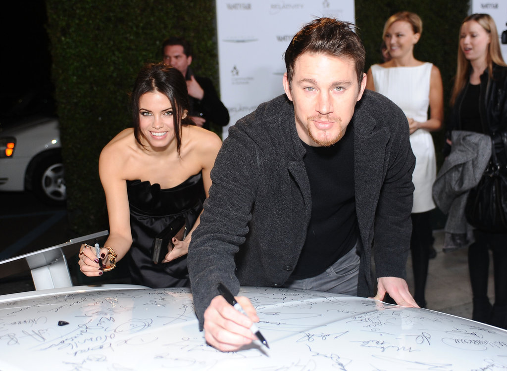 Jenna and Channing got in on the fun at the Vanity Fair Oscar party in LA in February 2011.