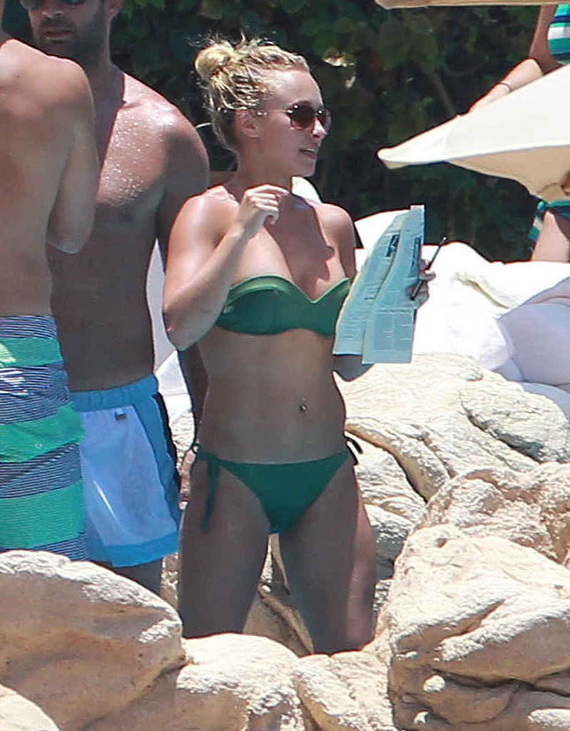 Hayden Panettiere vacationed with friends in July 2012 in Mexico.