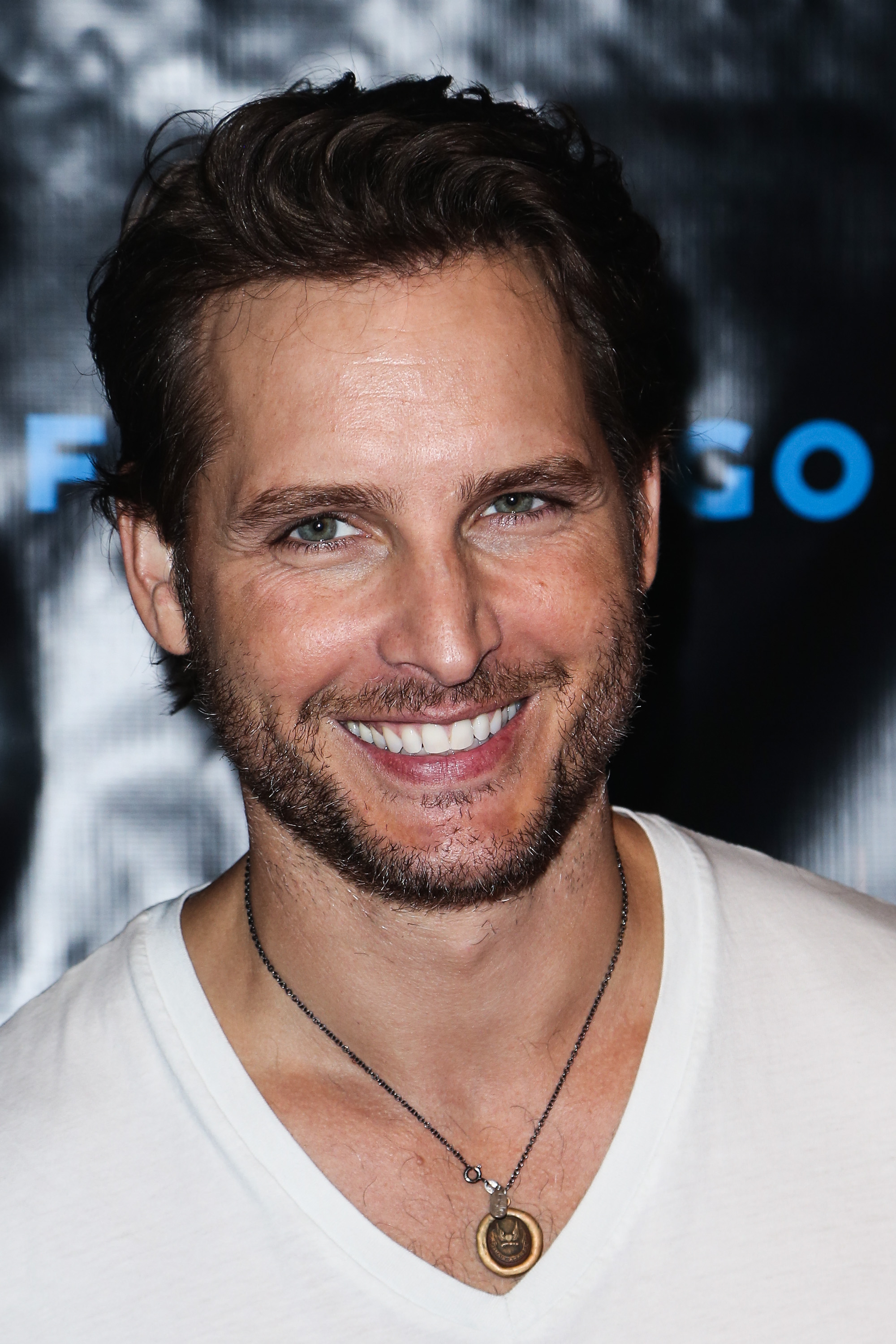 Peter Facinelli looked happy to attend the Breaking Dawn Part 2 party at Comic-Con.