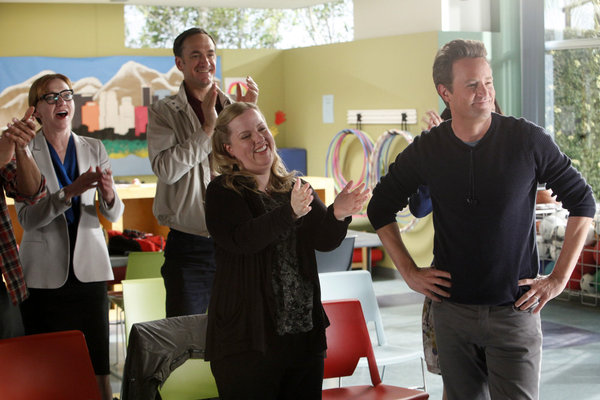 Julie White, Seth Morris, Sarah Baker, and Matthew Perry in Go On.