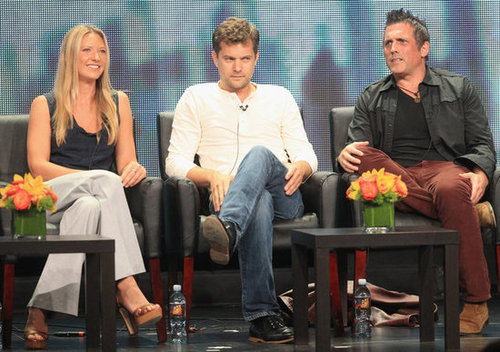 Joshua Jackson and Anna Torv sat with their executive producer.