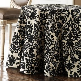 Casa Quickie: Slip-Proof Tablecloth