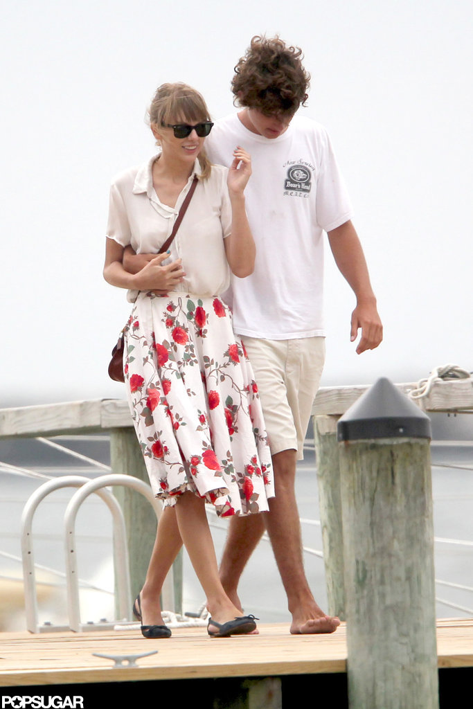 Taylor Swift held Conor Kennedy's hand.