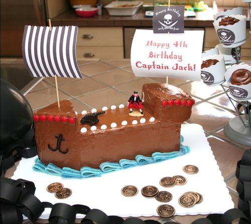 A Pirate Ship Cake to Inspire a Tiny Crew