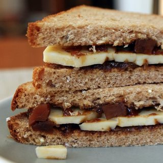 Cheese and Pickle Sandwich Recipe