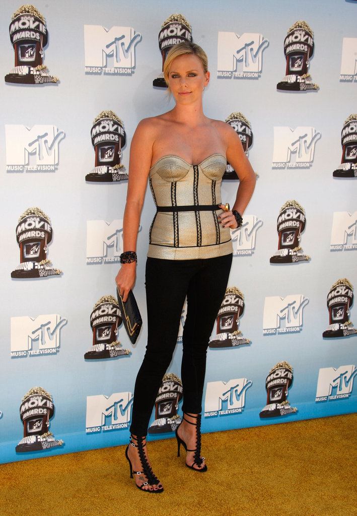 She rocked a bustier top and tight black pants at the MTV Movie Awards in June 2008.