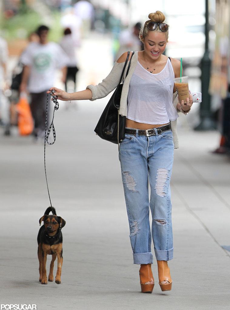 Miley Cyrus Makes a Happy Starbucks Stop in Philadelphia