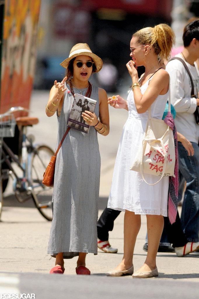 Zoe Kravitz was reading Patti Smith's Just Kids in NYC in July 2011.