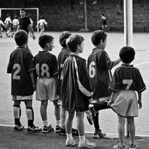 How to Encourage Your Child to Play Sports