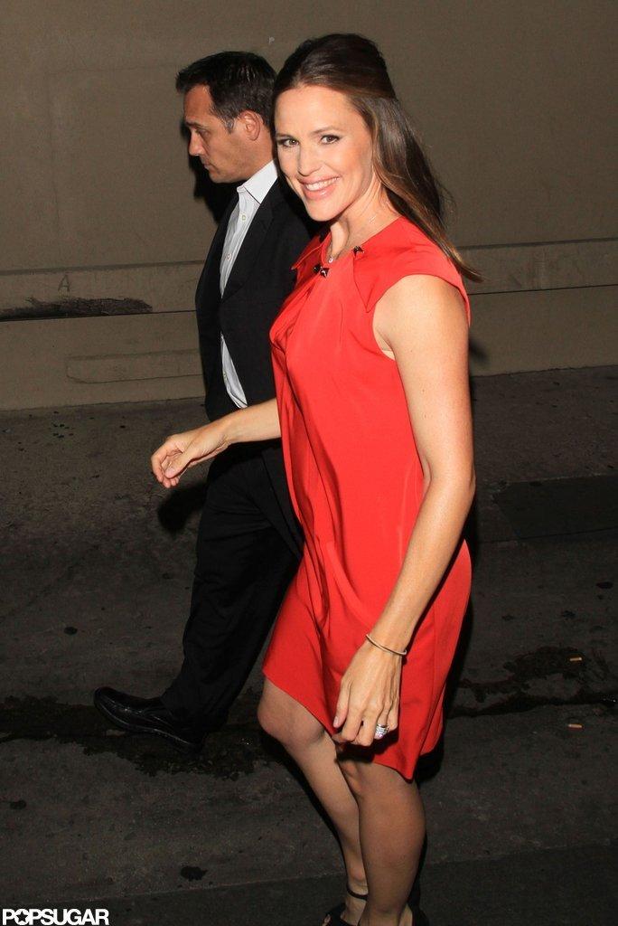 Jennifer Garner wore red to Jimmy Kimmel Live!