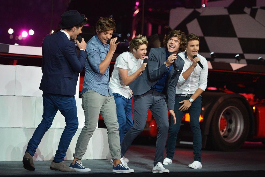 . . . And teen sensations One Direction proved their talents to the adoring crowd on the same night.