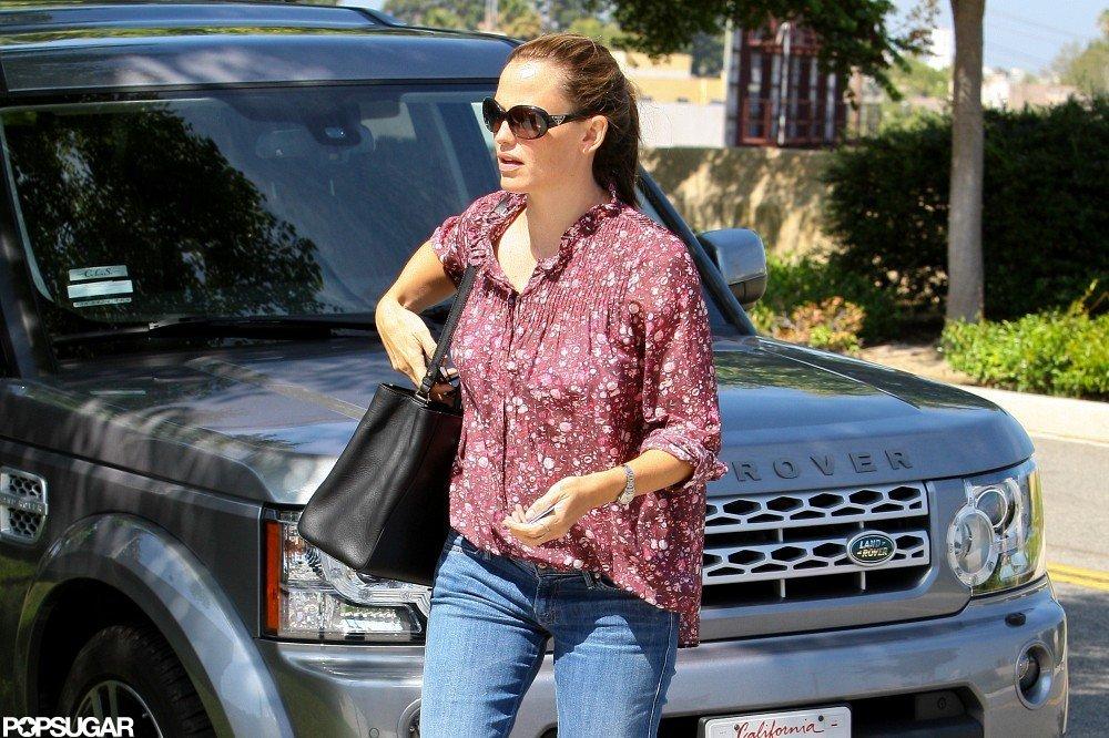 Jennifer Garner ran errands.