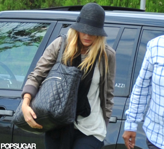 Blake Lively carried a Chanel bag.