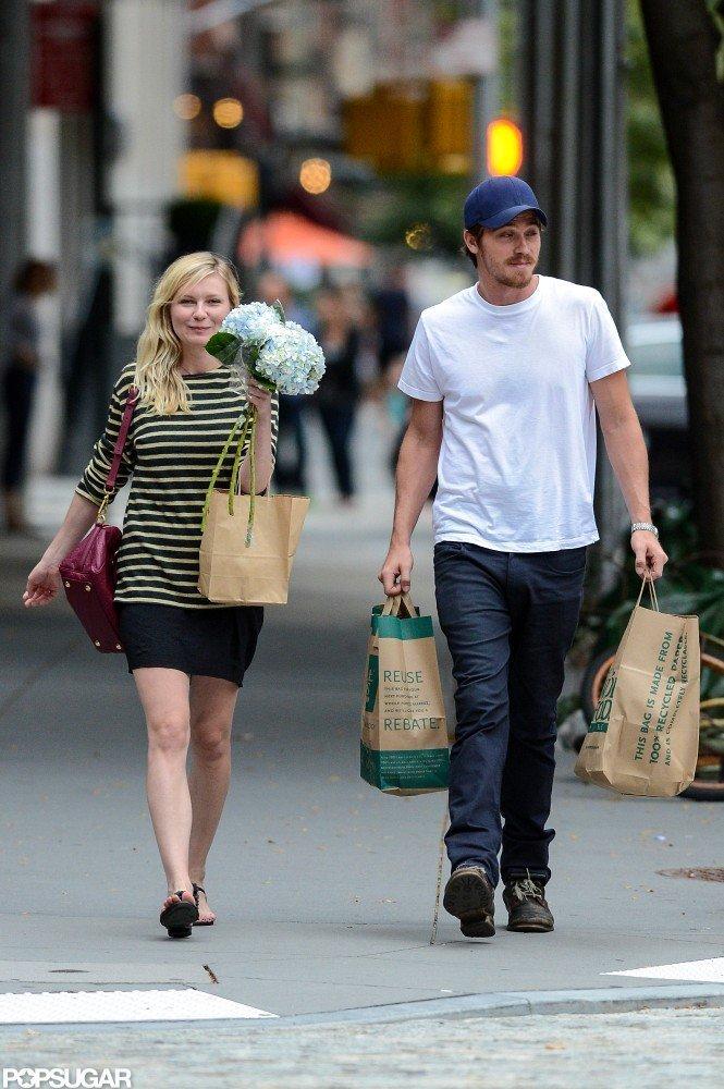 Kirsten Dunst and Boyfriend Garrett Hedlund in NYC | POPSUGAR ...