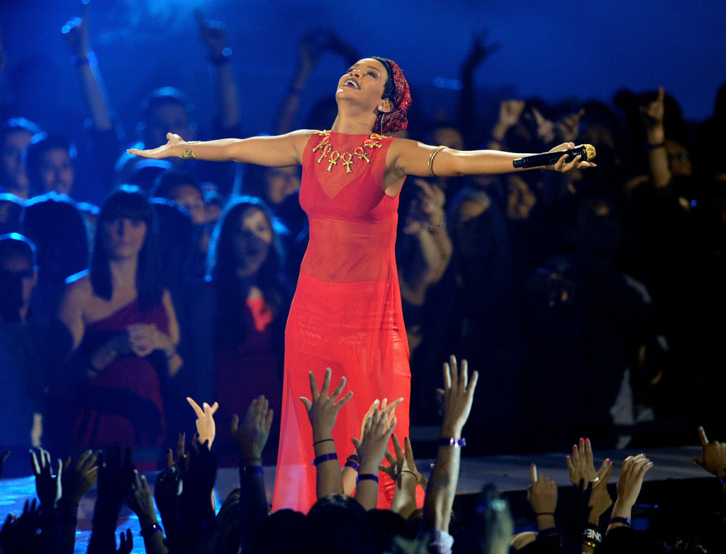 Rihanna performed at the VMAs.