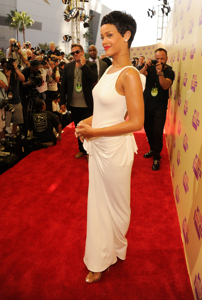 Katy, Rihanna, Taylor —What the Ladies Wore on the VMAs Carpet