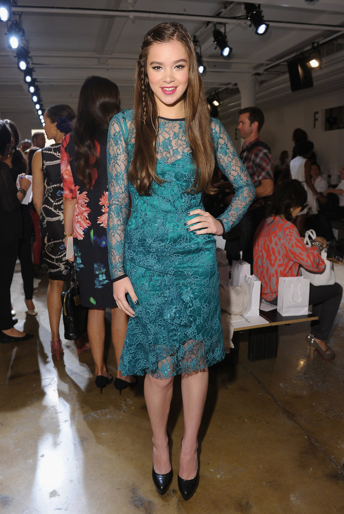 Hailee Steinfeld stepped out for Peter Som at New York Fashion Week in a green lace confection.