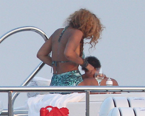 Beyonce and Blue Ivy enjoy pampering session in the hot tub on their yacht.