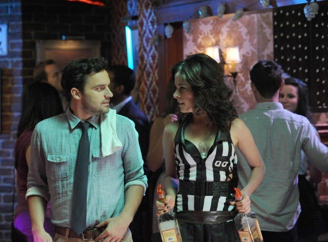 Parker Posey plays a cocktail waitress in season two of New Girl.