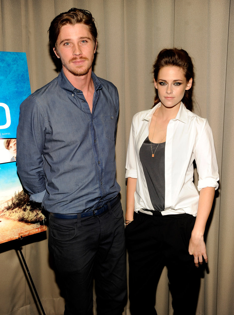 Kristen Stewart Gets Sexy For a Screening With Garrett Hedlund