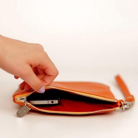 Phone-Charging Bag