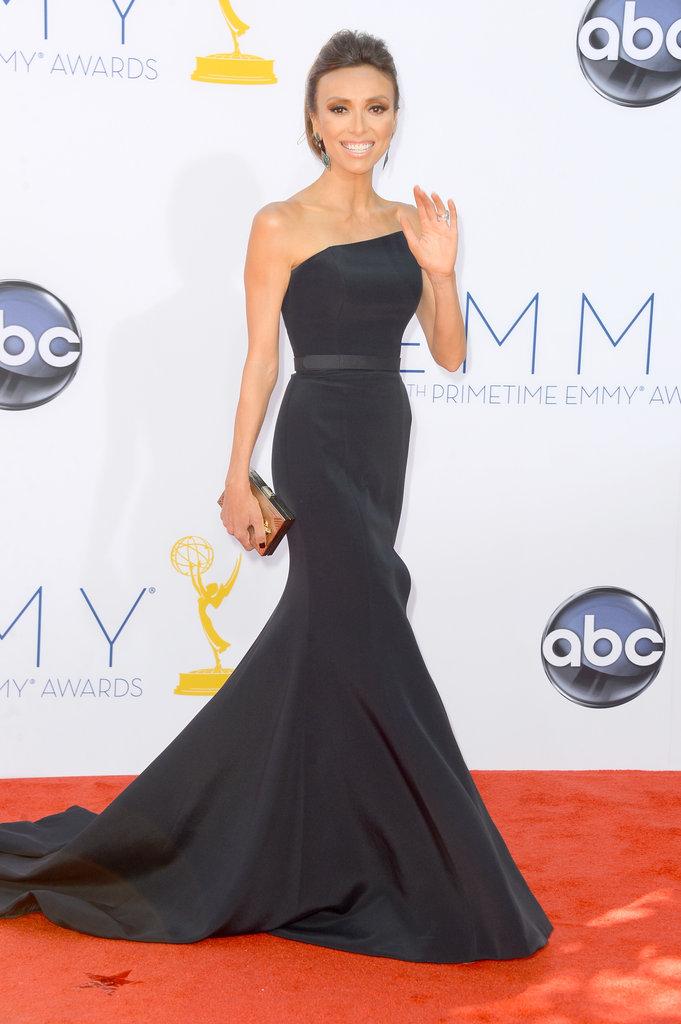 Giuliana Rancic waved to the camera.