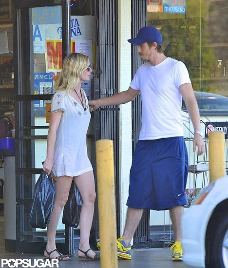 Kirsten Dunst and Garrett Hedlund stopped at a market in LA.