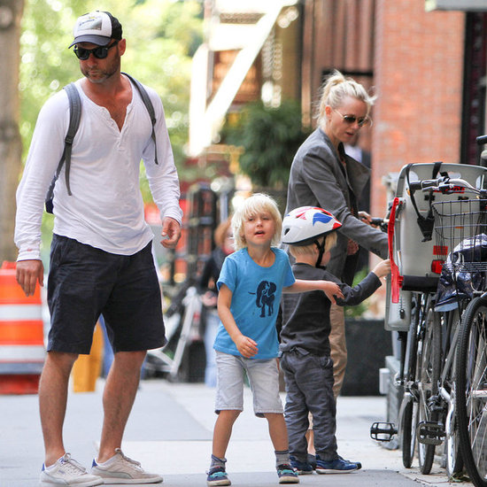 Naomi Watts and Liev Schreiber With Sons in NYC | Pictures