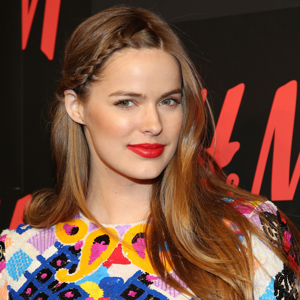 Robyn Lawley proves that bright red-orange lips win every. single. time. Love the look? Copy it with Mimco Sheer Lipstick in Bright Coral ($24.95).