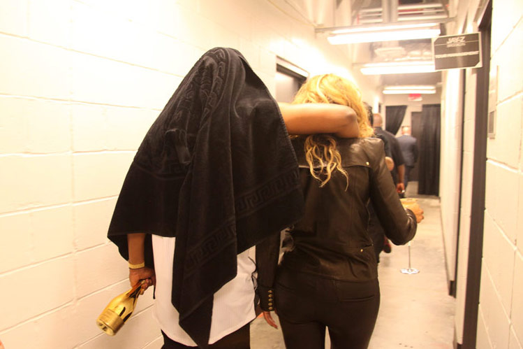 Beyoncé Helps Jay-Z Close Out His Big Barclays Debut