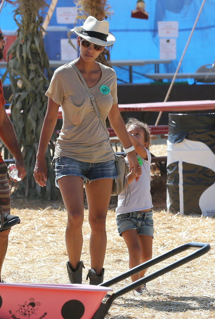 Nahla Aubrey stuck close to her mom, Halle Berry.