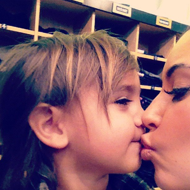 Kim Kardashian gave nephew Mason Disick a sweet kiss.  Source: Instagram user kimkardashian