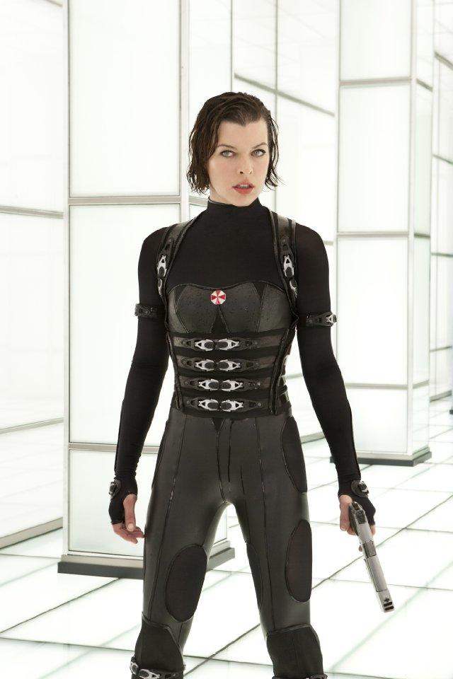 Alice From Resident Evil: Retribution | Pop Culture Halloween: The Ultimate Costume Idea Guide ... Zoolander Costume
