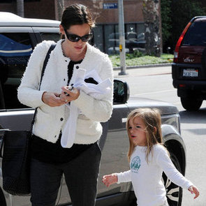 Jennifer Garner Takes Seraphina Affleck to Class | Pictures
