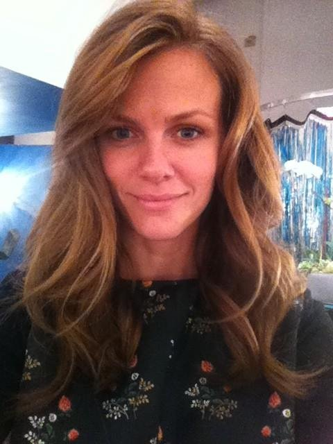 Brooklyn Decker showed off a darker 'do. Source: Twitter user BrooklynDecker