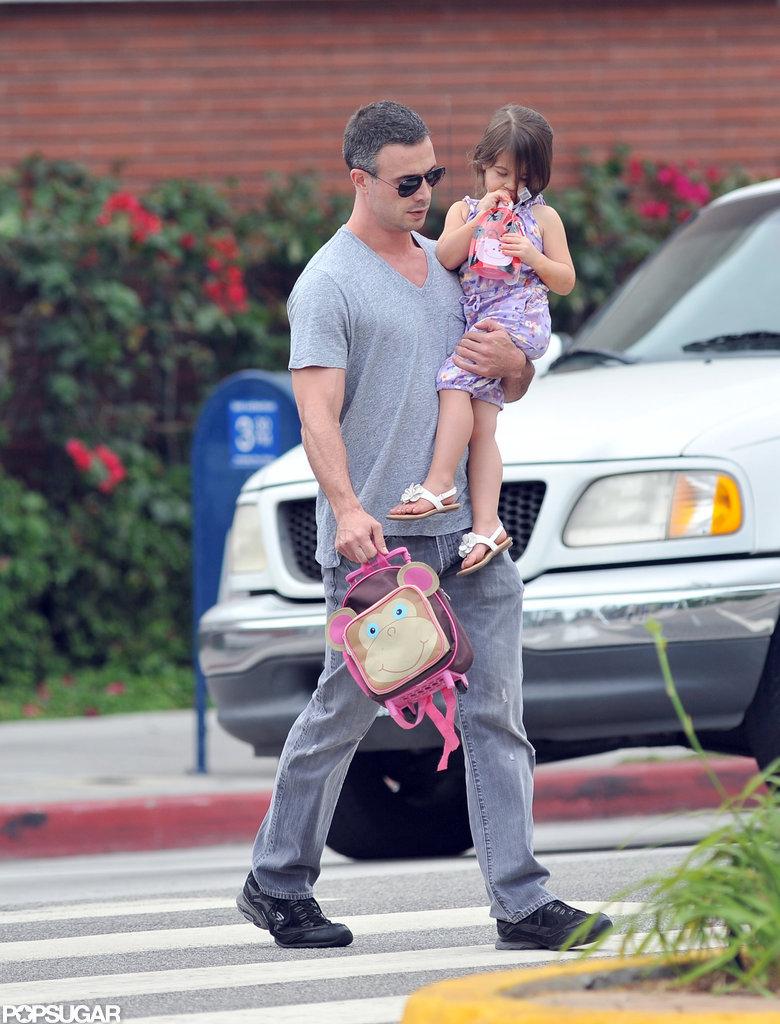 Freddie Prinze Jr. carried Charlotte Prinze.