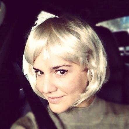 Margherita Missoni tried on a blond wig. Source: Twitter user mmmargherita