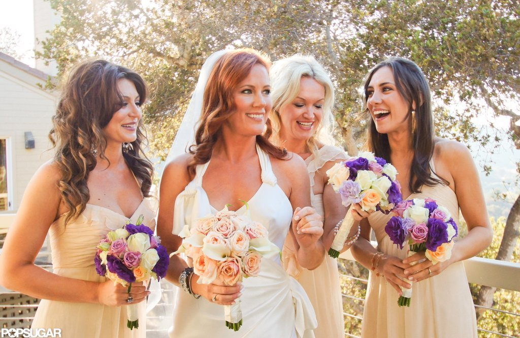 Elisa Donovan posed with her bridesmaids on her wedding day. Photos courtesy Scott Robert