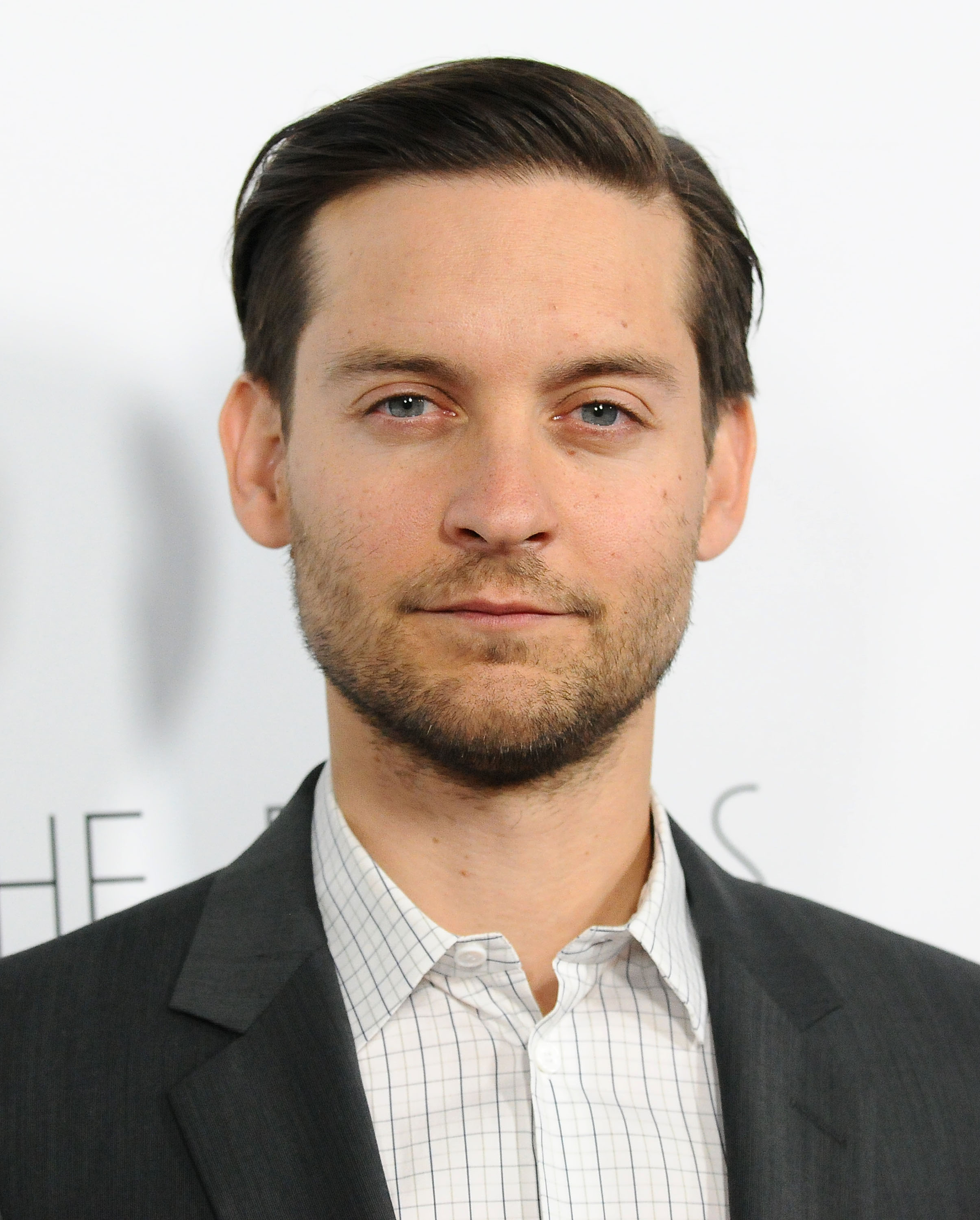 Tobey Maguire talked working with Leonardo DiCaprio on The Great ... Tobey Maguire
