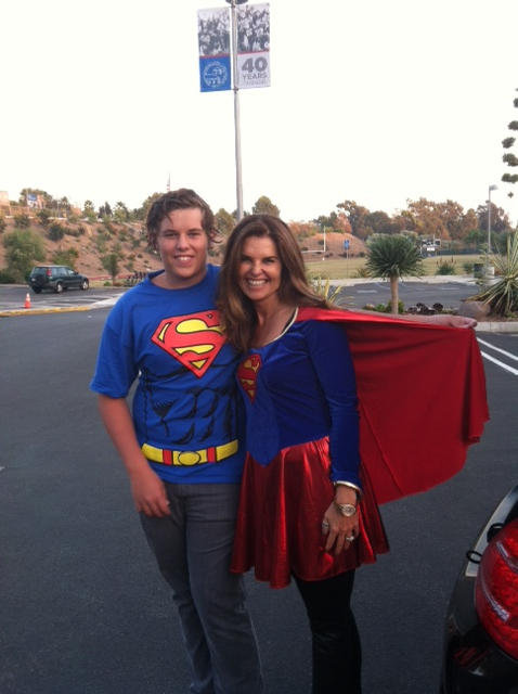 Maria Shriver showed off her superstrength on Halloween. Source: Twitter user mariashriver
