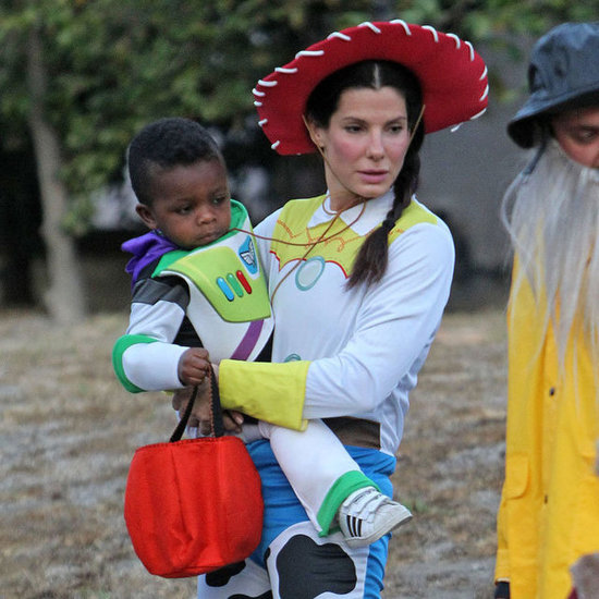 Sandra and Louis Bullock in Toy Story Costumes   Pictures