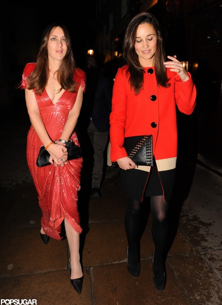Pippa Middleton chatted with a female friend.