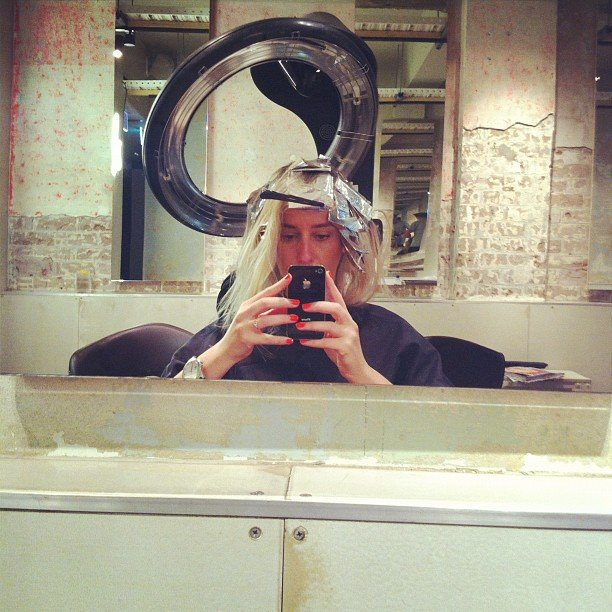 Oooh! We spy a hair makeover... BellaSugar ed Alison midway through a new look.